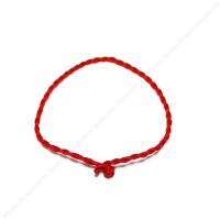 Красная нить из шелка