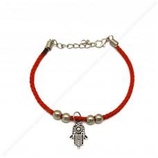 Красный браслет c подвеской хамса