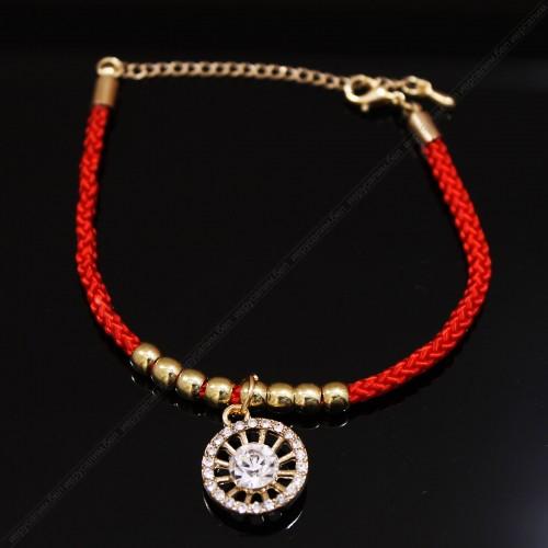Красный браслет с подвеской №3