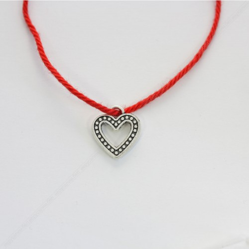 Красная нить с подвеской - Сердце любовь и семейное счастье