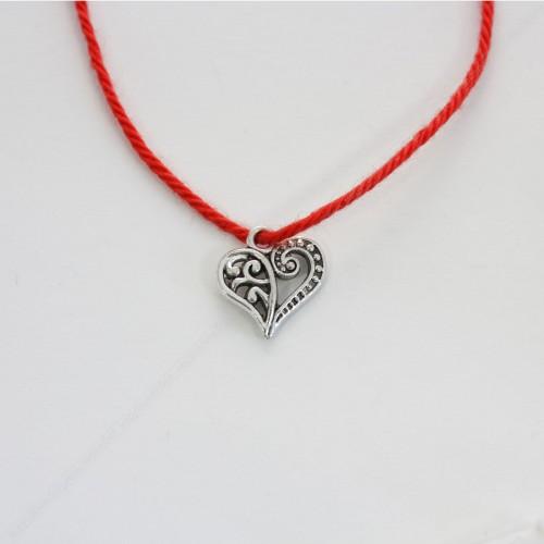 Красная нить с амулетом - Огненное Сердце страсти